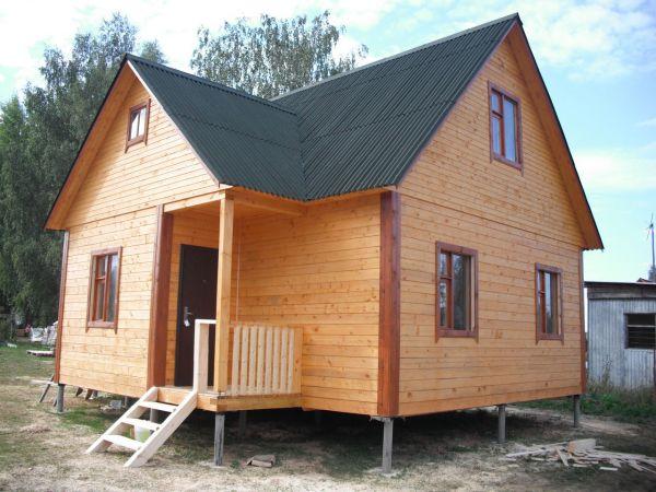 Легкий дом на винтовых сваях