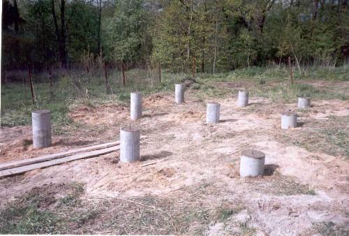 Как построить дешевый фундамент своими руками
